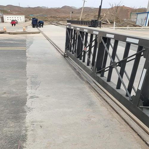 鐵路道口欄門安裝